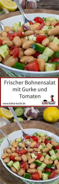 Dieser frische Bohnensalat mit Gurke und Tomaten ist perfekt als leichtes Abendessen im Sommer oder als unkomplizierte Grillbeilage. Er ist schnell gemacht und gelingt immer - das Rezept gibt es auf katha-kocht!