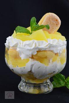 Desert la pahar, cu crema de iaurt si ananas - CAIETUL CU RETETE Yami Yami, New Recipes, Cooking Recipes, Soul Food, Punch Bowls, Sweet Treats, Cheesecake, Healthy Living, Deserts