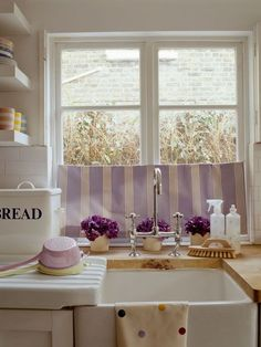 Yummy Colors!    from ACHADOS DE DECORAÇÃO: COZINHA AMERICANA  (Decoration Finds:  American Kitchen) | Residential Bliss