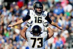 The Los Angeles Rams drafted Jared Goff as the first overall pick in this year's NFL Draft while Paxton Lynch and Laremy Tunsil also made the headlines. Jared Goff, California Golden Bears, Latest Sports News, Armed Forces, Football Helmets, Nfl, Two By Two, Amon