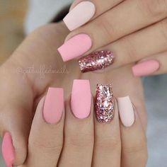 #notd By @getbuffednails #itsdaicoelho #nail #nails #unhasdodia #unhasdasemana #inspiração #love #follow #linda #pink #garotasesmaltadas #rosa #matte #bblogger #nails2inspire #blogueirasdebh #night #boanoitee