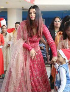 Indian Bridal Fashion, Indian Wedding Outfits, Bridal Outfits, Bridal Dresses, Indian Weddings, Indian Designer Outfits, Designer Dresses, Anarkali Dress, Lehnga Blouse