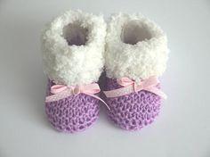 c2014743280d3 Booties 0 1 month birth plush white fur effect wool baby girl purple lilac  and white. 1 MoisLayette BébéChaussons BébéCadeau NaissanceLilasCadeauxFait  ...