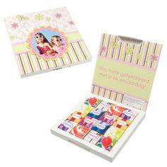 Originele cadeaus voor de juf of meester - Feestprints Een gepersonaliseerde doos met chocolaatjes :)