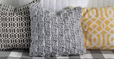 The Craft Patch: Free Crochet Pattern: Chunky Stairstep Throw Pillow.  thank you Jennifer for this free pillow pattern.