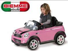 Offerta a € 229,00 Mini Cooper S rosa BIEMME GIOCHI, motore velocità 4km/h, batteria a secco 1x6V, autonomia 1 ora. Acceleratore a freno unico pedale, marcia avanti + retromarcia. Fusibile protezione motore. Design realistico, luci a LED, luci e suoni, radiocomando.  Con realistico rombo del motore. LICENZIATO DA BMW AG. Puoi trovarla su http://qpoint.eu/prodotto/auto-elettrica-mini-cooper-s-rosa-con-radiocomando/