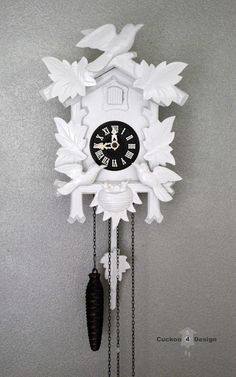 Must find a craigslist cuckoo clock! soooo obsessed with this....