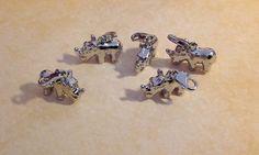 5 Charms / Anhänger Nashorn