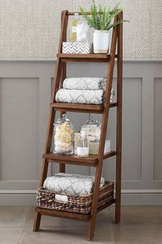 Love this ladder for vertical storage in the bathroom! Read the article for more bathroom organization hacks that are truly inspiring! diy bathroom decor 24 Genius DIY Organization Hacks You Need to Try to Make Your Small Bathroom Bigger Organisation Hacks, Organizing Hacks, Diy Hacks, Diy Organization, Diy Bathroom, Bathroom Ideas, Bathroom Hacks, Bathroom Makeovers, Bathroom Cabinets