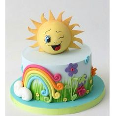Sun Cake by Magical Pastry Shop - Learn cake decorating with cake and fondant - Rainbow Cute Cakes, Pretty Cakes, Girl Cakes, Baby Cakes, Fondant Cakes, Cupcake Cakes, Frog Cakes, Sun Cake, Sunshine Cake