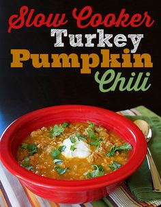 Slow Cooker Turkey Pumpkin Chili - Savory chili with creamy pumpkin puree packs a nutritious punch without too much pumpkin flavor. Love, love, love for dinners in the fall!