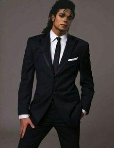 Michael Jackson Poster, Michael Jackson Wallpaper, Michael Jackson Sexi, Michael Jackson Kunst, Michael Jackson Photoshoot, Michael Jackson Quotes, Michael Jackson Outfits, Michael Jackson Tattoo, Michael Jackson Dangerous