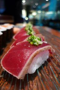 Tuna Sushi - more here: http://www.sushiencyclopedia.com/sushi_menu/tuna_sushi.html | myLusciousLife