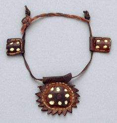 Morocco | Leather necklace | African Museum (Belgium) Collection; acquired 1984