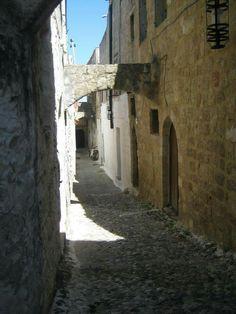 Paikallisten kotikuja vanhassa kaupungissa