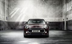 Mini Clubman 2016 is housed with better engines and features updated interior and exterior. Check its review to learn more.