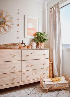 Boho Chic, Wood Nursery, Nursery Ideas, Nursery Inspiration, Nursery Decor, Room Ideas, Rattan, Baby Changing Station, Girl Rooms