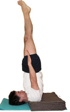 32 best asanas  invertidas images  asana iyengar yoga