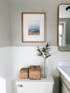 Bathroom Interior Design, Apartment Bathroom Decorating, Apartment Needs, Cottage, Upstairs Bathrooms, Budget Bathroom, Bathroom Inspiration, Home Renovation, Decoration