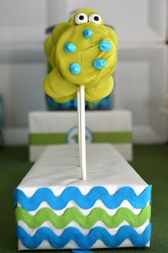 Sea turtle cookie pops!  See more party ideas at CatchMyParty.com!