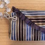 13 Lovely Wristlet Patterns & Tutorials: {Sewing}