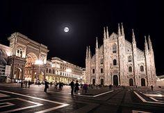Buona serata a tutti Foto di Andrea Chesi #milanodavedere Milano da Vedere