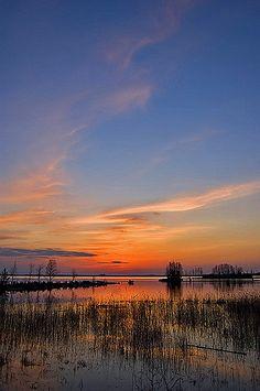 https://flic.kr/p/4KiBYU   Closing   Spring evening in Joensuu, Finland
