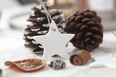 Winter Table Decorations - Ceramic Star