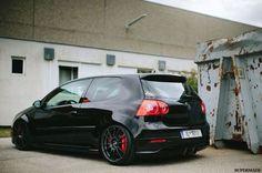 Vw golf , black on black on red !:
