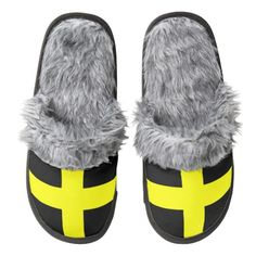 Flag of St. David slippers Pair Of Fuzzy Slippers