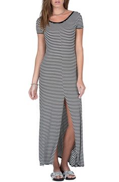 Adoring this casual, striped maxi dress for the spring and summer!
