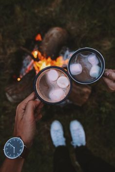 Ideal date ideas can be a challenge when you're trying to curate the perfect night! Here are some suggestions based on your zodiac sign! Camping Life, Camping Hacks, Camping Friends, Camping Style, Camping Meals, Camping Sauvage, Camping Photography, Fall Nature Photography, Adventure Photography