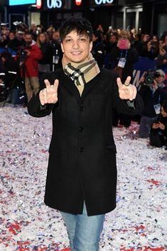 Sanremo «amore e psiche Peter Pan, Vanity Fair, Cute Guys, Idol, Fandoms, Singer, My Love, Photos, Cute Teenage Boys