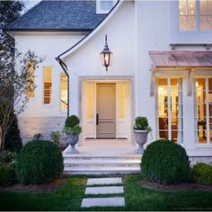 90 Modern White Cottage Exterior Style 10