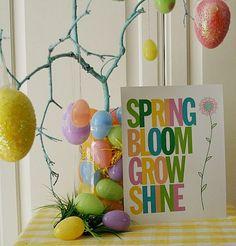 10 Free Spring Printables - Spring Sign Printable by Hoosier Homemade