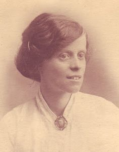 My G-Grandmother Alice Oldknow Oldham 1886-1927.