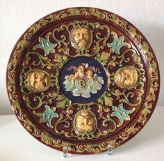 Seltener Alter Antiker Teller Wandteller Schale Keramik Majolika Figuren Relief | eBay