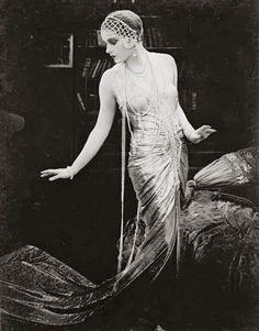 Lili Damita in Das Spielzeug von Paris (Michael Curtiz, 1925)