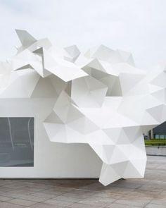 Árbol de origami metálico: Bloomberg pavilion, de Akihisa Hirata Architecture Office   Solucionista