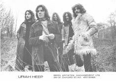 72.jpg - 1971 - Mick Box - Iain Clarke - Paul Newton - Ken Hensley ...
