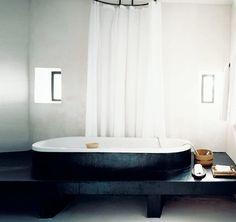 beautiful bathroom! (TUB!)
