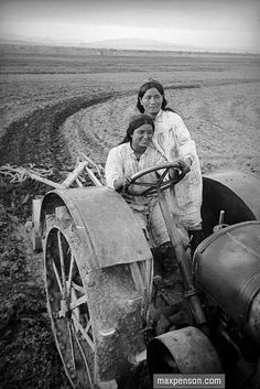 uzbekistan – Of Memories, Of Earth Old Pictures, Old Photos, Poema Visual, Alexander Rodchenko, Hard Words, Real Movies, Eastern Philosophy, Extraordinary People, World Cultures