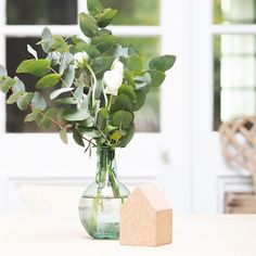 Eucalyptus & Renoncules