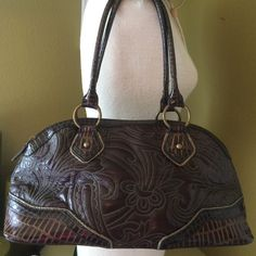 "🎉Best in BAGS HP🎉""Style Obsession HP""🎉 Brown faux leather with gorgeous detail stitching. Good condition. 17 X 8 X 7. No Trades. Yes to questions❤️ Squared by Sondra Roberts Bags Satchels"