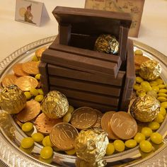 Peter Pan, Decorative Boxes, Baking, Home Decor, Decoration Home, Room Decor, Bakken, Peter Pans, Home Interior Design