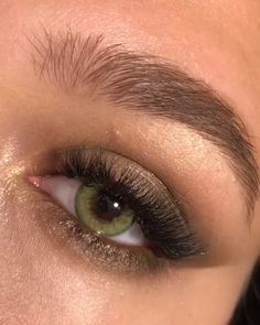makeup golden makeup 60 plus eye with makeup tutorial makeup equipment makeup eyeliner makeup natural makeup 2017 step by step makeup downturned eyes Natural Eye Makeup, Natural Eyes, Natural Eyeliner, Winged Eyeliner, Natural Brown, Natural Beauty, Makeup Ads, Hair Makeup, Makeup Eyeshadow