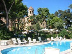 relax poolside at Villa Igiea