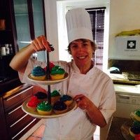 Why I share my recipes. I have more than 20 years experience in the catering industry and love cooking. Some of my recipes are family secrets, but it cannot remain hidden forever. Chef School, Time In The World, School Fundraisers, Home Economics, Light Recipes, Simple House, Allrecipes, Free Food, Free Recipes