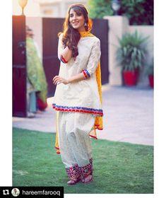 traditional-shalwar-kameez 30 Ideas On How To Wear White Shalwar Kameez For Women Pakistani Formal Dresses, Pakistani Fashion Casual, Pakistani Party Wear, Pakistani Dress Design, Pakistani Outfits, Shadi Dresses, Eid Outfits, Simple Outfits, Simple Dresses