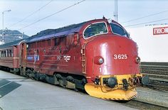 These locos were the inspiration for the BR Western Region 'Warship' Diesel Hydraulics Classes Rail Europe, Train Truck, Norway Travel, Diesel Engine, Model Trains, Engineering, Trucks, World, Inspiration